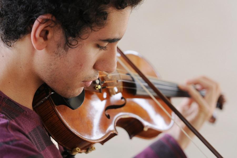 alunos-escola-de-musica-de-Brasilia-recebem-premios-e-reconhecimento-internacional-201403210002